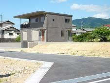 三重県津市安濃町田端上野 アメニティ田端上野 土地建物総額で、約2000万円