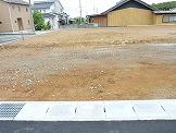 三重県津市安濃町田端上野 アメニティ田端上野 駐車場も庭も広い