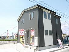 津市安濃町田端上野9号地 提携会社様の建物写真